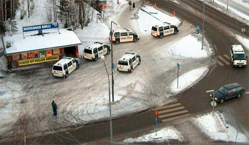 finnish_cops_love_donuts.jpg